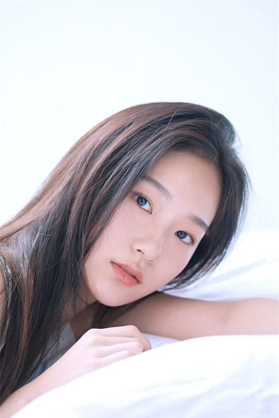 Nữ diễn viên 10x có nhan sắc kết hợp giữa Yoona - Krystal - Ảnh 3