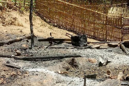 Căn lán bị thiêu rụi sau vụ hỏa hoạn (Ảnh: Báo NLĐ)