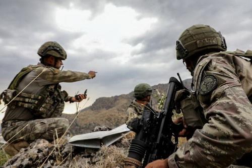 Quân đội Thổ Nhĩ Kỳ đang tiến hành chiến dịch quân sự trong lãnh thổ Iraq. Ảnh: Anadolu.