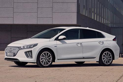 Hyundai Ioniq 2020.