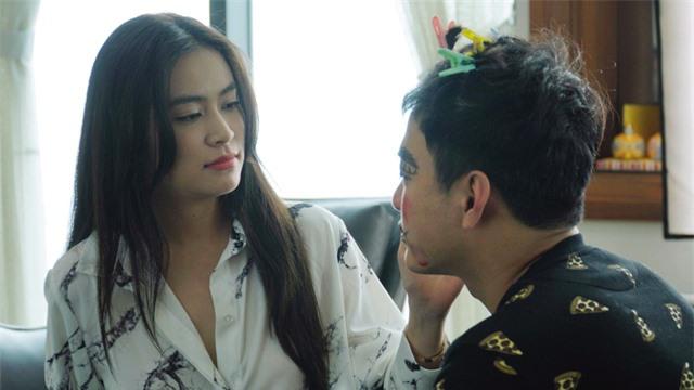 """Ca sĩ Hoàng Thùy Linh: """"Tôi chưa bao giờ quên mình là một diễn viên"""" - Ảnh 2."""