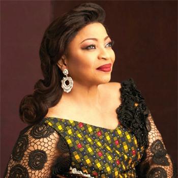 Folorunsho Alakija - nữ doanh nhân giàu nhất Nigeria