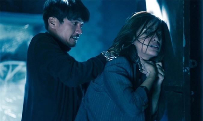 Cảnh phim Quang Tuấn đánh nhau với Ái Phương.