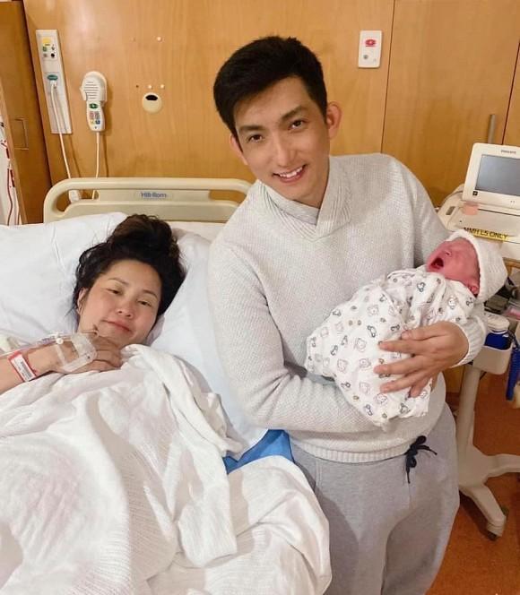 Vợ chồng Bảo Duy chào đón con chung thứ hai ra đời.