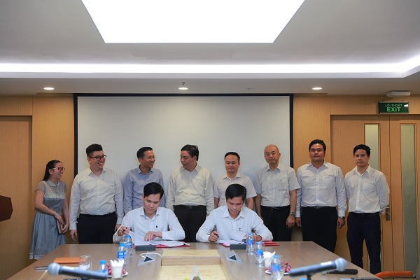 Công ty CP FECON và Công ty CP Tập đoàn Thái Bình Dương – chủ đầu tư dự án Nhà máy điện gió Thái Hòa, tỉnh Bình Thuận đã ký kết Hợp đồng gói thầu II.B01 về việc thi công hạ tầng và các công trình xây dựng của dự án với trị giá gần 260 tỷ đồng.
