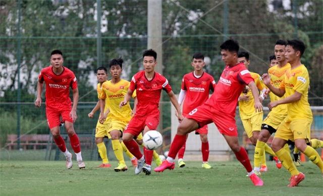 HLV Park Hang-seo: Cầu thủ cần phải thể hiện tốt khả năng chơi bóng ở vị trí của mình - Ảnh 11.