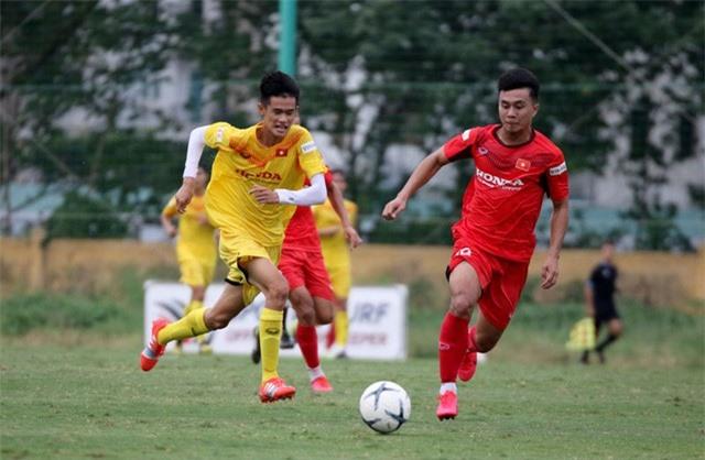HLV Park Hang-seo: Cầu thủ cần phải thể hiện tốt khả năng chơi bóng ở vị trí của mình - Ảnh 8.