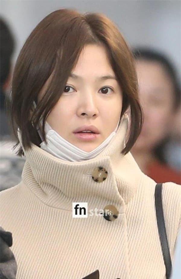 Mỹ nhân sở hữu gương mặt mộc đẹp nhất xứ Hàn: Song Hye Kyo vượt tình tin đồn Hyun Bin - Son Ye Jin 0