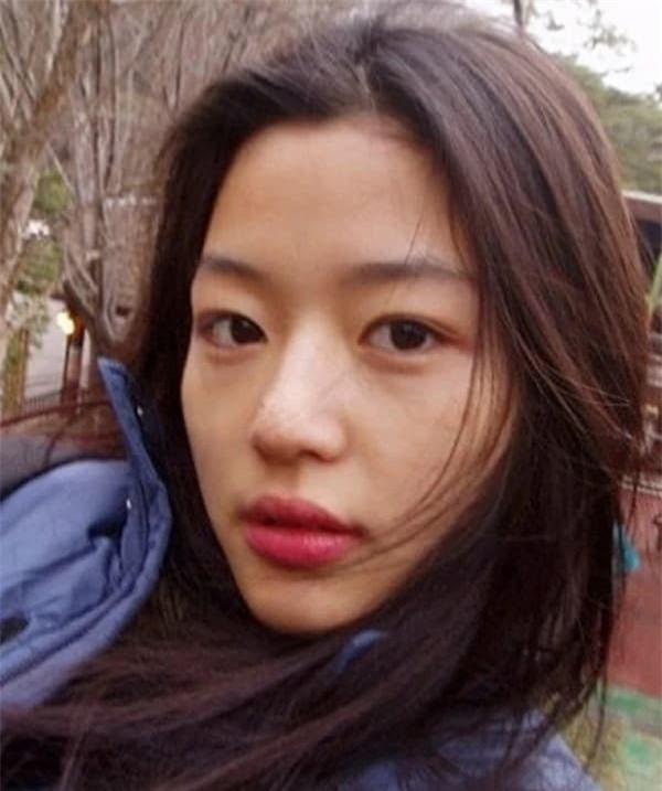 Mỹ nhân sở hữu gương mặt mộc đẹp nhất xứ Hàn: Song Hye Kyo vượt tình tin đồn Hyun Bin - Son Ye Jin 9