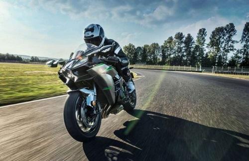 Kawasaki Ninja H2 Carbon 2020 sắp về Việt Nam, giá bán chưa được tiết lộ