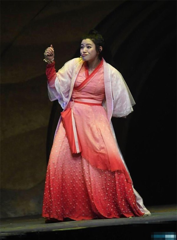 Ba sao nữ Trung Quốc 'diễn xuất tỷ lệ nghịch với nhan sắc' - Ảnh 7