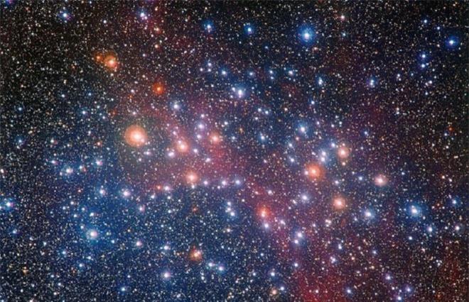 Ngôi sao già này có tuổi kém hơn vũ trụ vài trăm triệu năm. (Ảnh: Forbes)