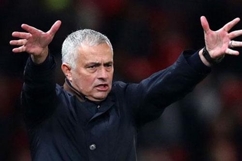 """Bị chế giễu, Mourinho """"phản đòn"""" Arsenal"""