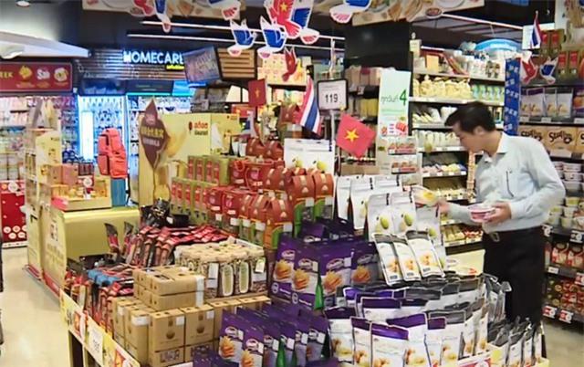 Nielsen: 76% người tiêu dùng Việt chuộng hàng nội địa - Ảnh 1.