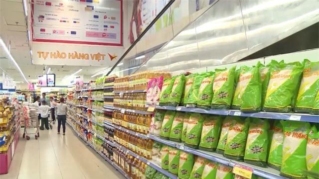 Nielsen: 76% người tiêu dùng Việt chuộng hàng nội địa - Ảnh 2.