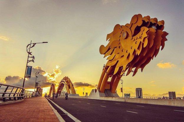 Cầu Rồng ở Đà Nẵng.