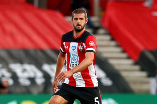 Hậu vệ: Jack Stephens (Southampton).