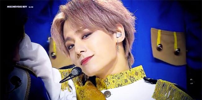 3 idol hứa hẹn là 'ông hoàng sân khấu thế hệ mới' - Ảnh 4