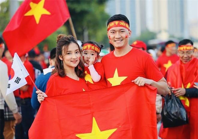 Nu sinh Hoc vien Tai chinh anh 5