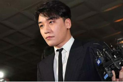 Seungri bị xét xử 8 tội danh tại tòa án quân sự