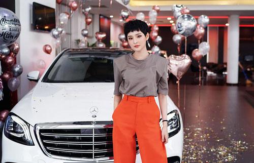 ược biết S 450 L Luxury là chiếc xe đầu tiên được Hiền Hồ sở hữu