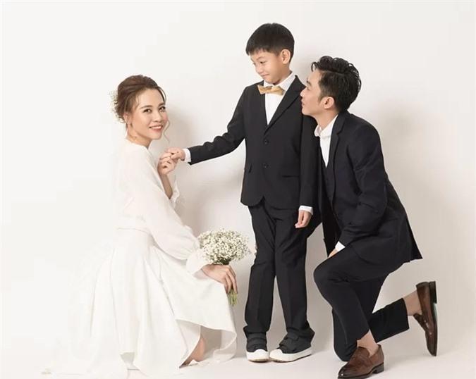 Mẹ kế được mấy người như Đàm Thu Trang: Yêu chiều con chồng khác nào máu mủ - Ảnh 14