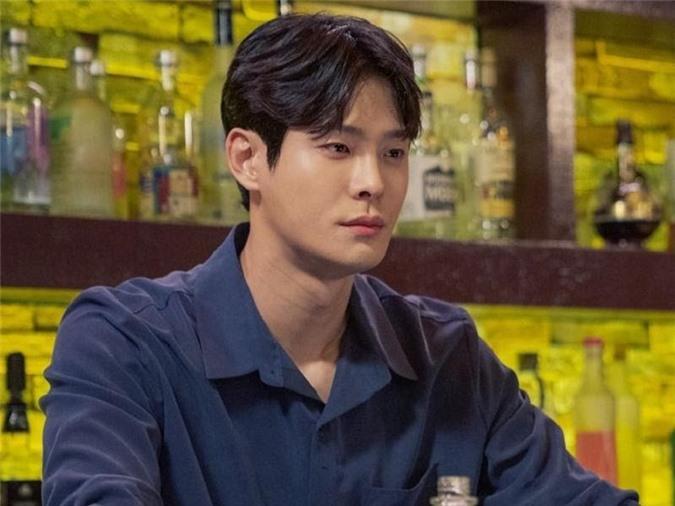 Nụ hôn đồng giới của Hyun Bin và cuộc thay đổi lịch sử của phim Hàn - Ảnh 1