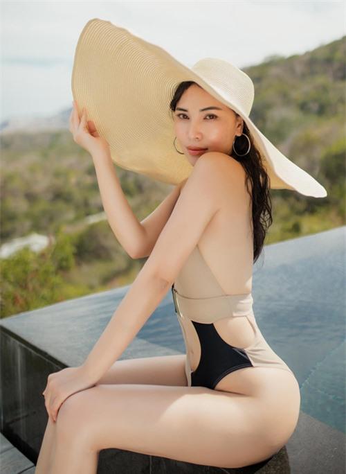 Tháng 8 tới phim điện ảnh Những cô vợ hành động có Quỳnh Thư tham gia sẽ được phát hành. Cô đang mong đợi những phản hồi tốt từ khán giả cho vai diễn mới.