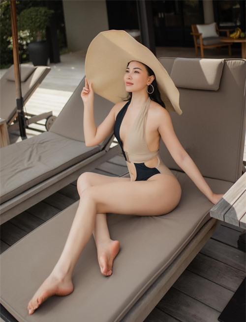 Quỳnh Thư tiết lộ cô ở phòng khách sạn giá 135 triệu/đêm, có hồ bơi riêng khi nghỉ dưỡng tại vịnh Vĩnh Hy, Ninh Thuận.
