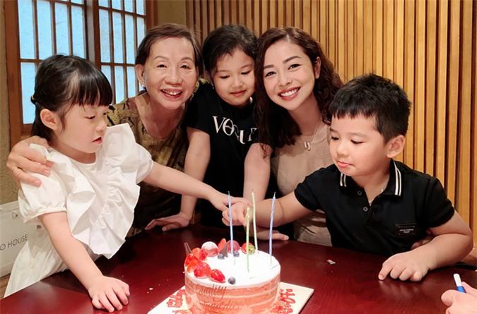 Mẹ chồng Jennifer Phạm mừng sinh nhật con dâu hôm 4/7.