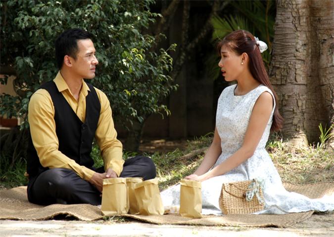 Thúy Diễm và Lương Thế Thành từng đóng cặp trong nhiều phim truyền hình. Ngoài đời họ là vợ chồng nên diễn xuất rất ăn ý, nhập tâm.
