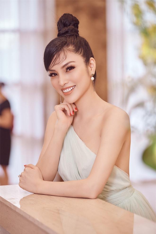 Kim Huyền Sâm khoe vóc dáng mảnh mai, nuột nà - Ảnh 8.