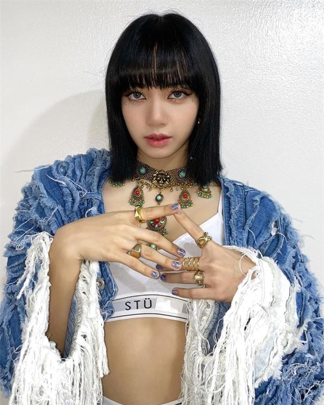 Quản lý 'giết' thần tượng: Song Hye Kyo bị dọa tạt axit, BLACKPINK Lisa mất trắng 19 tỷ đồng - Ảnh 1