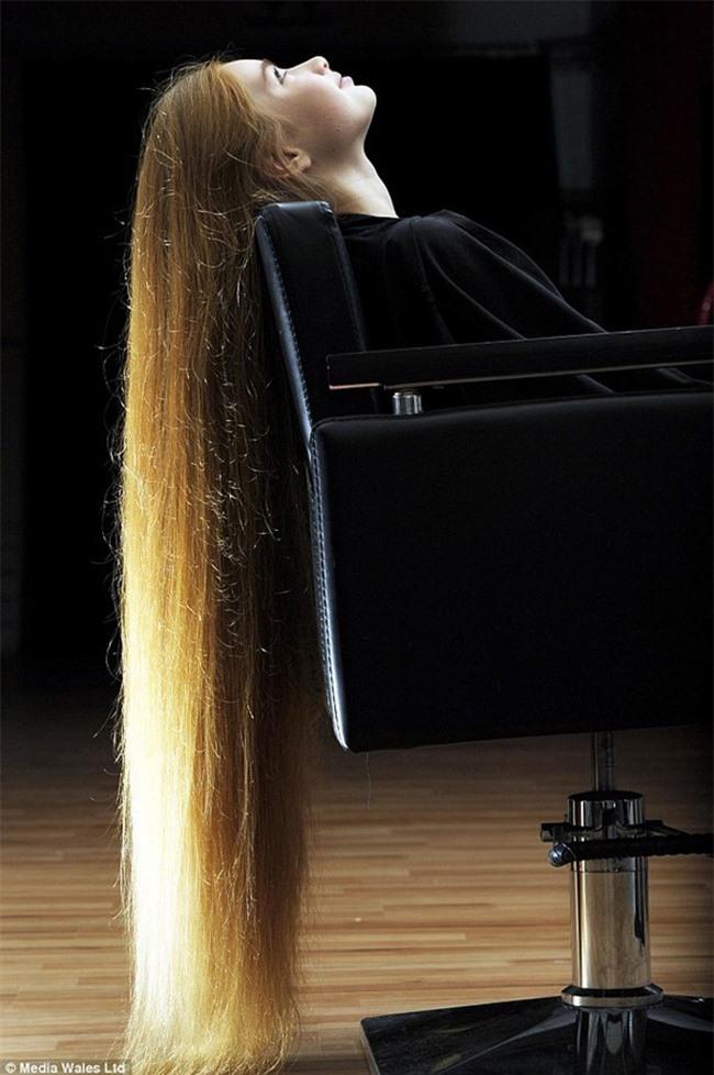 """Những kỷ lục """"khủng"""" nhất về tóc - 12"""