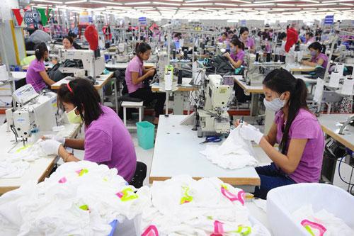 Doanh nghiệp dệt may điêu đứng vì nhiều đơn hàng bị hủy