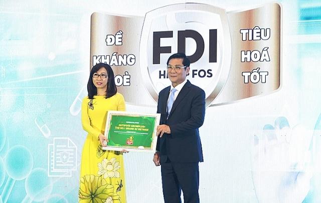 NutiFood được Hiệp hội sữa Việt Nam trao tặng danh hiệu Nhãn hiệu Sữa trẻ em số 1 Việt Nam