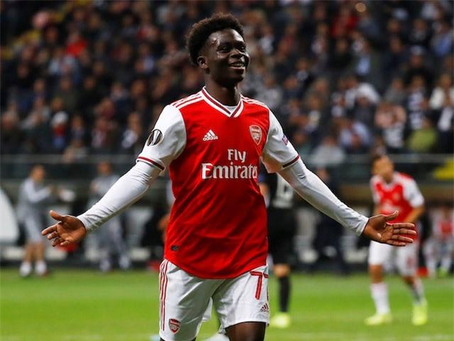 Saka đang là hạt nhân trong lối chơi của Arsenal