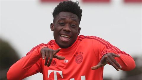 Sao trẻ Bayern tăng giá mạnh giữa mùa rớt giá