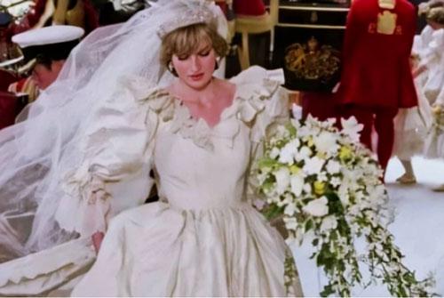 Bó hoa cưới của các cô dâu hoàng gia luôn có một nhánh myrtle (thực vật họ sim). Ảnh minh họa