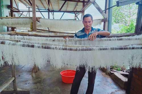 Đắk Lắk: Làm giàu từ nguồn lúa gạo địa phương