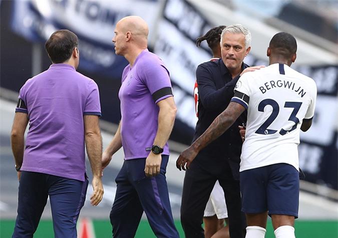 Mourinho sẵn sàng