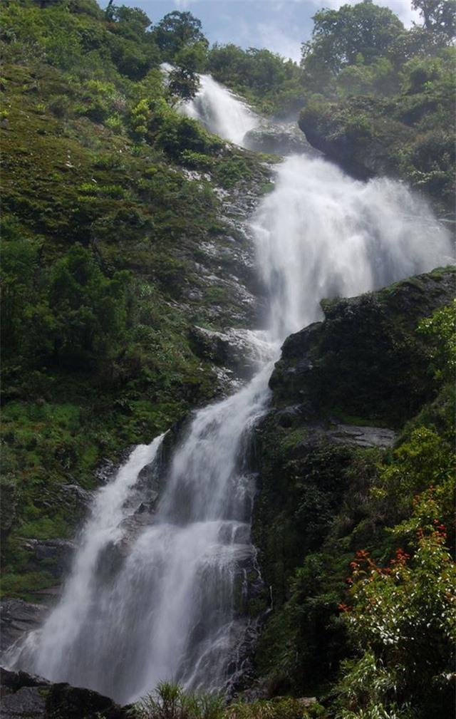 Khám phá những thác nước đẹp nhất Sa Pa - 2