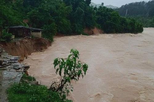 Mưa lớn, nước tại các sông, suối dâng cao tại tỉnh Lai Châu. (Ảnh: VOV)