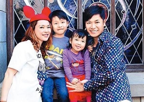 5 cặp đôi 'thiên trường địa cửu' của TVB - Ảnh 6