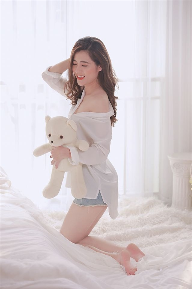 co giao hot girl duoc hoc sinh yeu quy anh 3