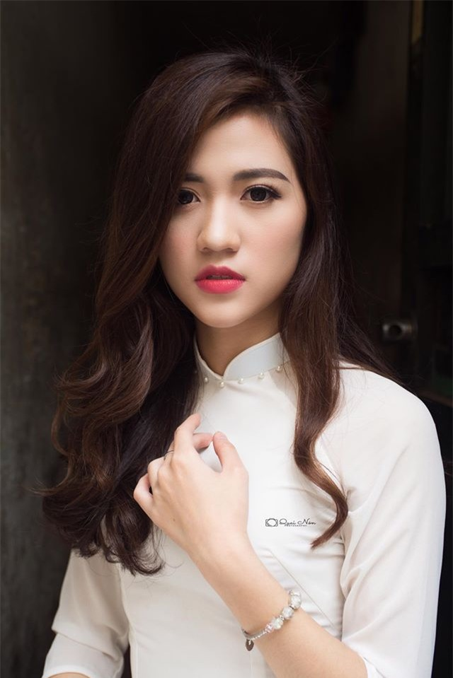 co giao hot girl duoc hoc sinh yeu quy anh 8