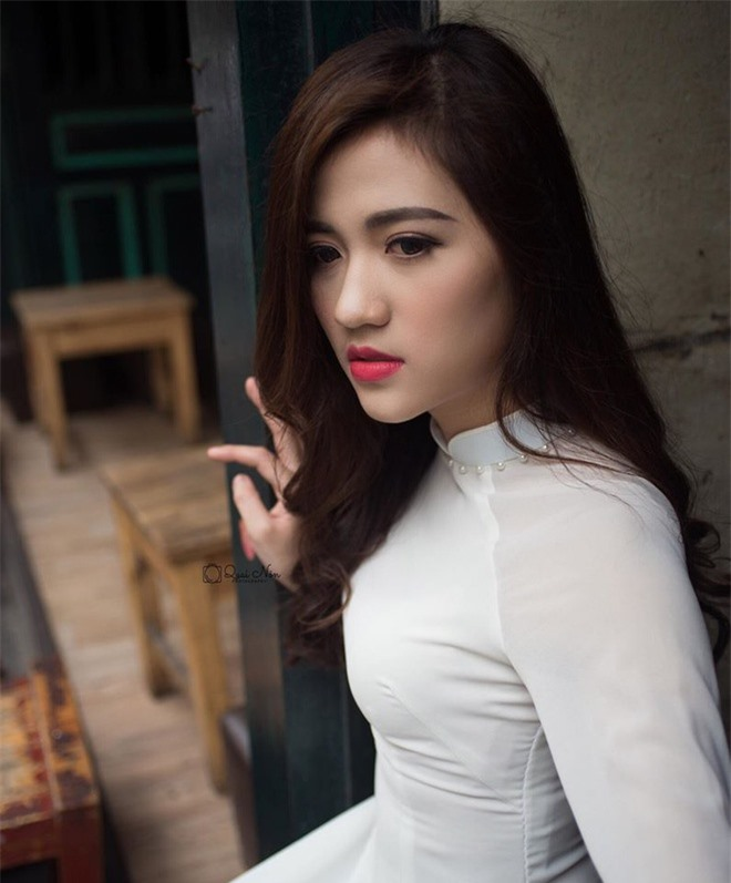 co giao hot girl duoc hoc sinh yeu quy anh 9