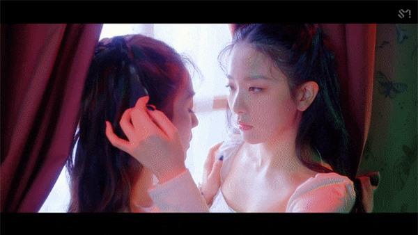 Irene và Seulgi Red Velvet ra mắt MV vừa kinh dị ám ảnh vừa đậm mùi bách hợp - Ảnh 6