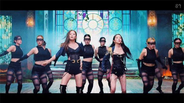 Irene và Seulgi Red Velvet ra mắt MV vừa kinh dị ám ảnh vừa đậm mùi bách hợp - Ảnh 7
