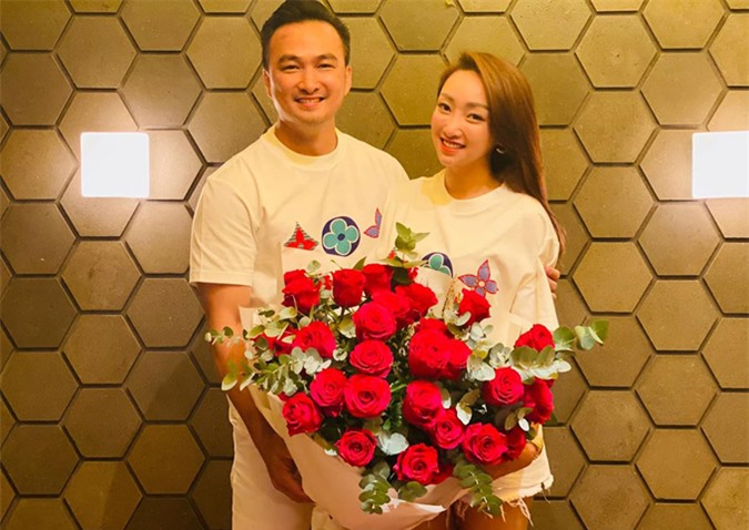 Chi Bảo và Lý Thùy Chang dự định cưới trong năm nay. Tuy nhiên họ chưa tiết lộ thời điểm cụ thể.
